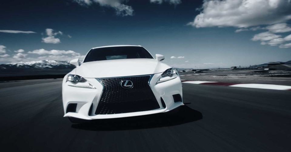 Lexus Makes Senses